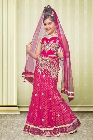 Индийские костюмы для девочек