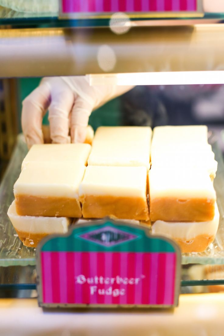 Butterbeer Fudge at the Wizarding World of Harry Potter at Universal Studios Hollywood // Salty Canary