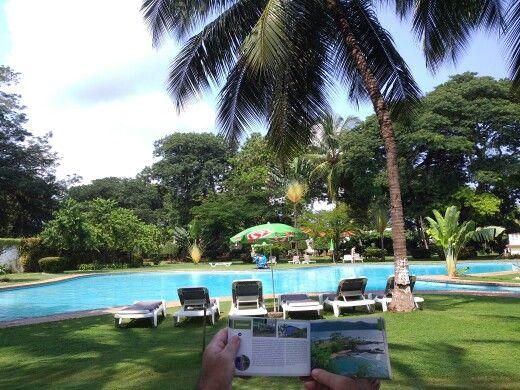 Sao Tome e Principe, São Tomé e Príncipe. Piscina do Hotel Miramar na cidade de São Tomé