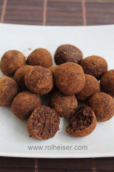 Сыроедческие конфеты с кэробом, фото