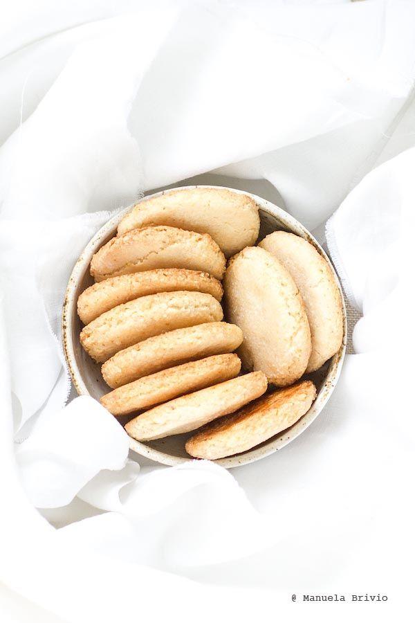 Biscotti alle mandorle senza olio e senza burro
