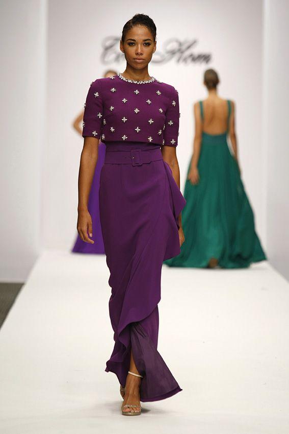 1518 best de boda.....! images on Pinterest | Feminine fashion, Hang ...
