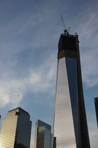 One WTC w obstawie śmigłowca  Manhattan, Nowy Jork, USA