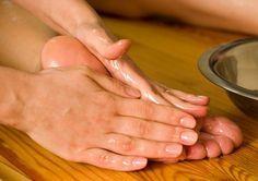 ideas para lograr la suavidad de la piel de los pies con productos caseros.
