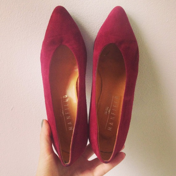 Red pumps size 7 by Typolove on Etsy, €34.00