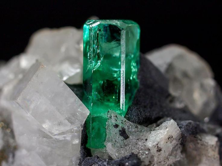 28 best images about The emerald birth stone (May) on ...