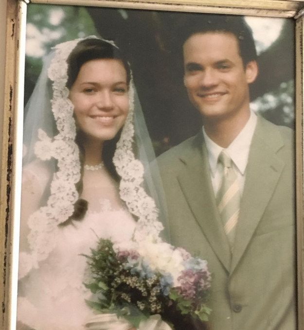 And to remind us how much this movie made us cry, Mandy Moore posted a throwback pic of her and Shane West's characters' wedding day. (You know, the wedding they have before SHE DIES.)