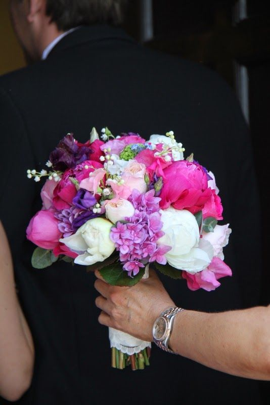 Peonies, Lily of the Valley, Hydrangeas, Sweet Peas, Forget Me Nots and English Garden Roses
