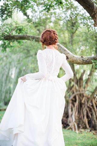 Button down back long sleeve wedding dress | Cecelina Photography