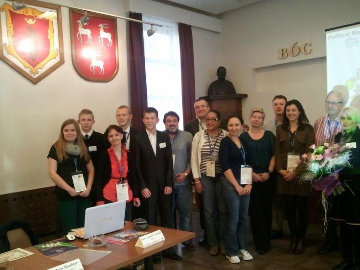 Celem projektu było nie tylko nawiązanie i wzmocnienie współpracy między szkołami różnych szczebli w regionie oraz jednostkami samorządu terytorialnego, ale także wymiana doświadczeń na arenie międzynarodowej. Chcieliśmy sprawdzić, czy jako wiejska szkoła położona na wschodzie Polski jesteśmy w stanie przedstawić atrakcyjną ofertę włączenia TIK w proces kształcenia na różnych etapach edukacyjnych.