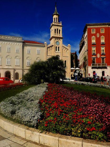 #split #perspetive #church #Croatia #colors