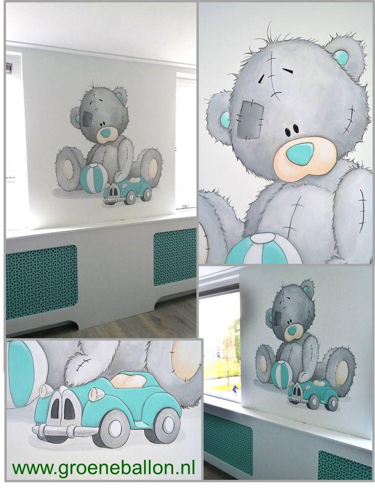 Me to you beertje met bal en auto | muurschildering | babykamer | kinderkamer | www.groeneballon.nl | Den Haag