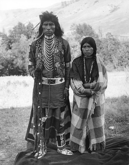 Nez Perce Nimiipu Couple, Colville, Washington - Names: Unknown - Photo by E.H. Latham, 1906.