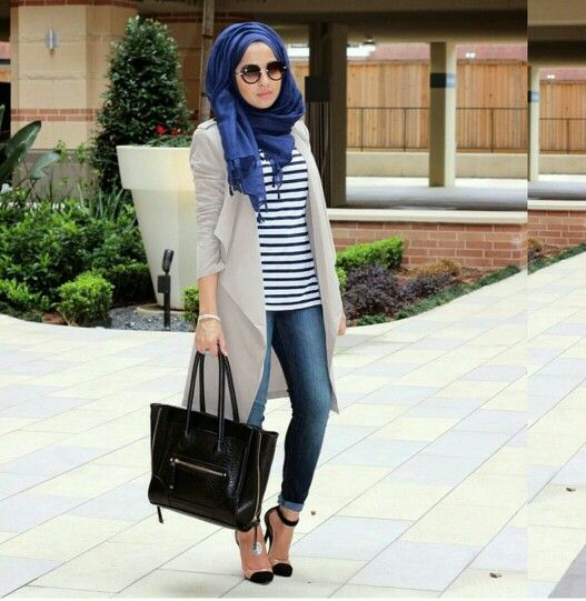 trendy girls wear hijab with glasses (8)