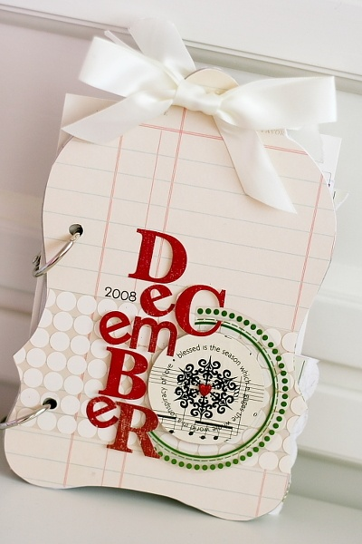 December Daily minibook - not doing a December Daily album, but I like the title with mixed fonts for an album page