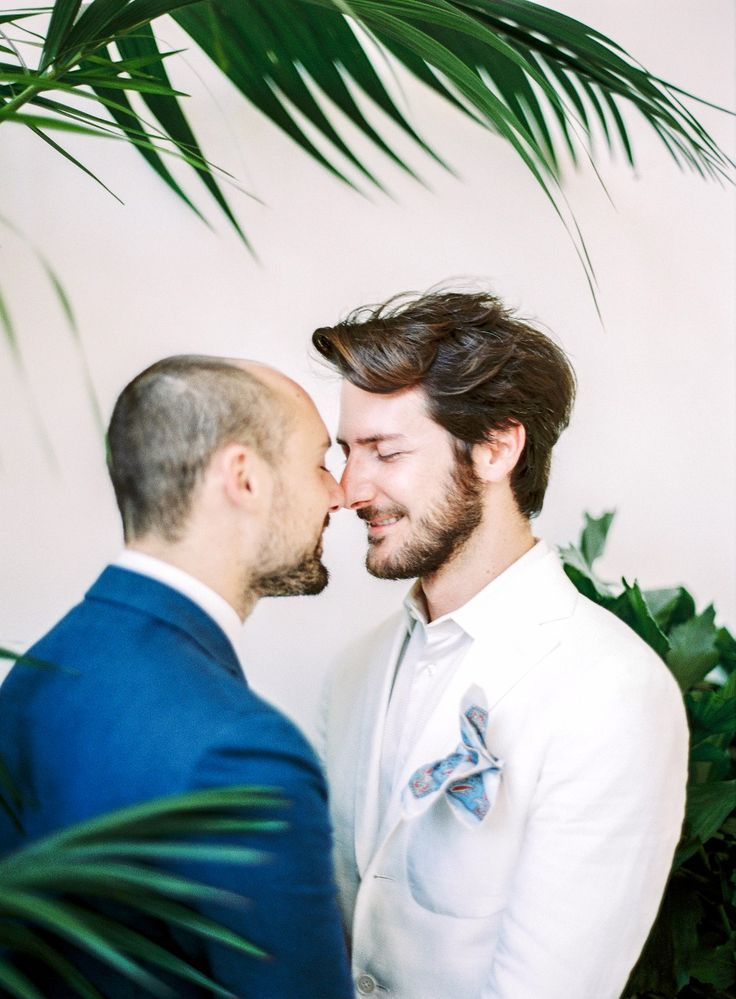 Wedding Photography Inspiration : Eskimo kiss #italy #wedding