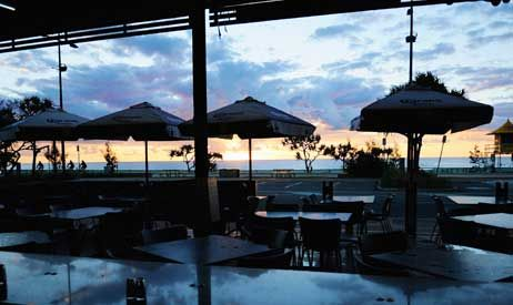 Surfers Sandbar is all about location; directly opposite Surfers Paradise Beach, this is one of the few reasonably priced restaurants on the Coast that has uninterrupted water views.