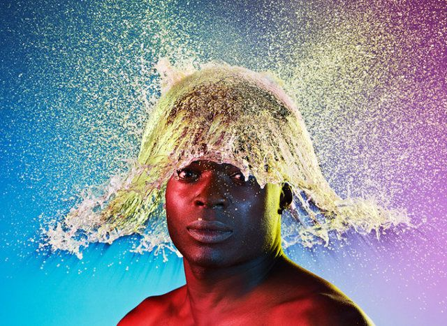 Water Wigs: Split-Second Wigs Made For Bald Men With Popping Water Balloons | Geekologie