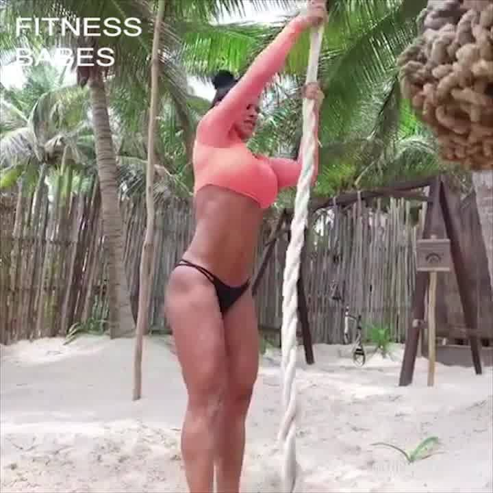 Working out in paradise via Michelle Lewin https://madnessmedia.net/michelle-lewin-training-nutrition-secrets-fitness-influencer-1/