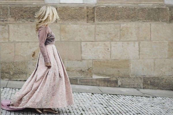 romantic style... elegant skirt... #siluetyogawear #madewithloveforyou #yoga