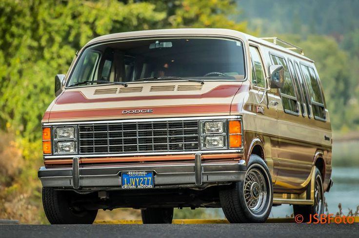 1984 Dodge Ram Van: Comfort Suite - http://barnfinds.com/1984-dodge-ram-van-comfort-suite/