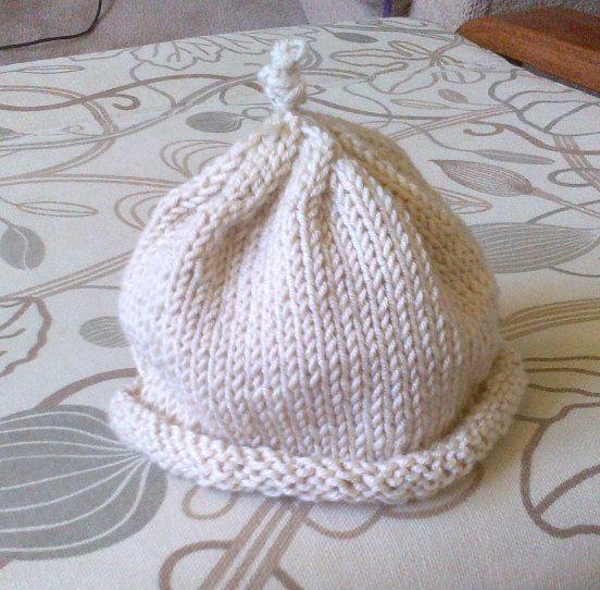 Newborn Hat in Natural