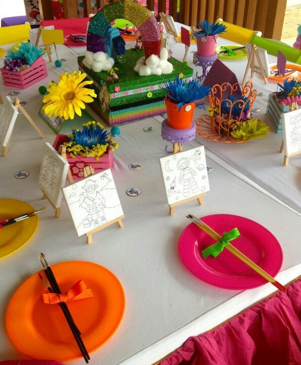 Table settings for kids- mess free cleanup!