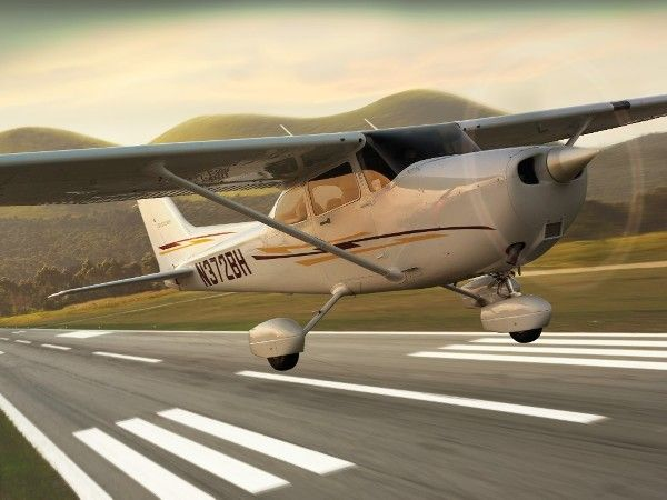 Vehicles Wallpaper : Cessna 172 Skyhwak
