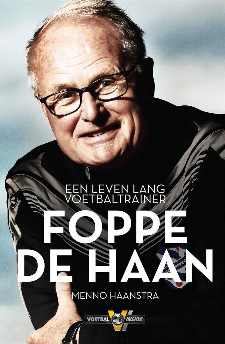 Gevonden via Boogsy: #ebook Foppe de Haan van - (vanaf € 9,99; ISBN 9789048836390). Foppe de Haan wordt gedreven door maar één ding: anderen vooruit helpen. De van nature bescheiden voetbaltrainer bracht zo o.a. sc Heerenveen tot in de Champions League en Jong-Oranje naar de Europese titel in 2006 en 2007. Menno Haanstra sprak naast Foppe de Haan onder meer Van Nistelrooij, Drenthe, Verbeek, Tomasson en Daniël de Ridder en kwam zo tot een openhartig en eerlijk verhaal over... [lees verder]