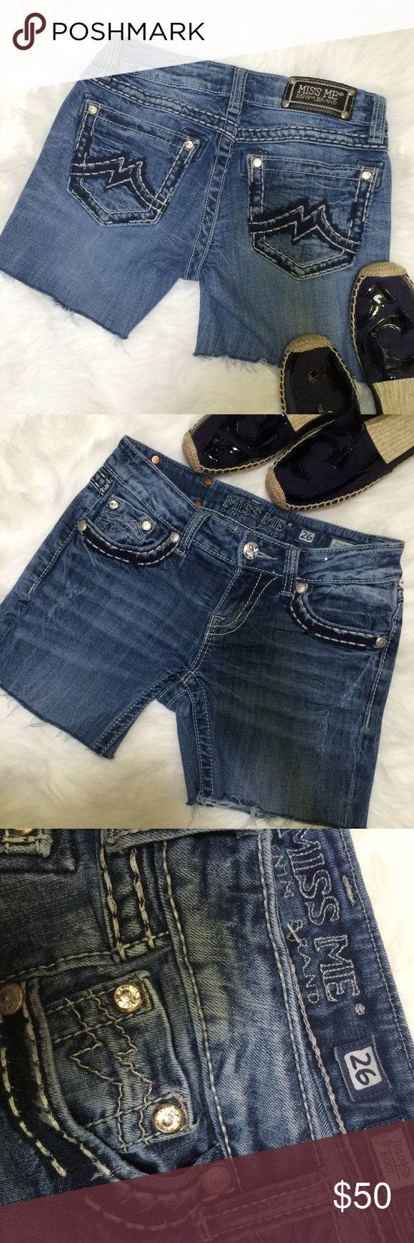 """Miss me Cut off distressed shorts Sz 26 Like new condition. 4 packet shorts with blings all intact. Inseam is 4"""" Miss Me Shorts Jean Shorts"""
