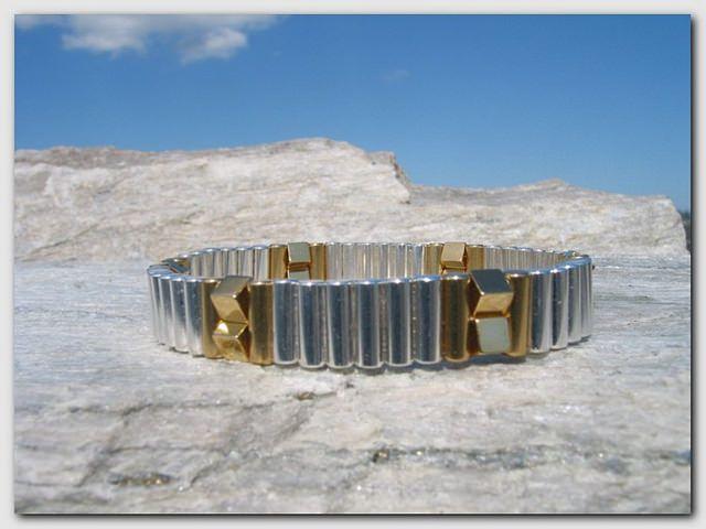 Magnetarmbånd - Modell #8 - www.magnethelse.no