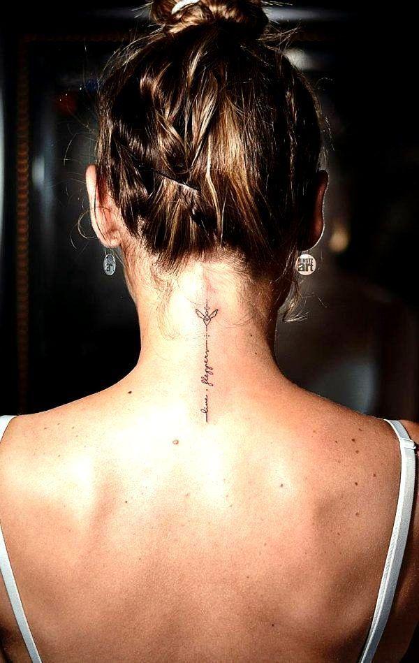 Nacken frauen tattoos für ▷ Tattoo