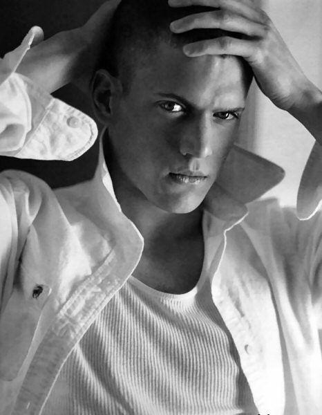 My fav pic of him! Mmmmm ... Prison Break at its finest<3