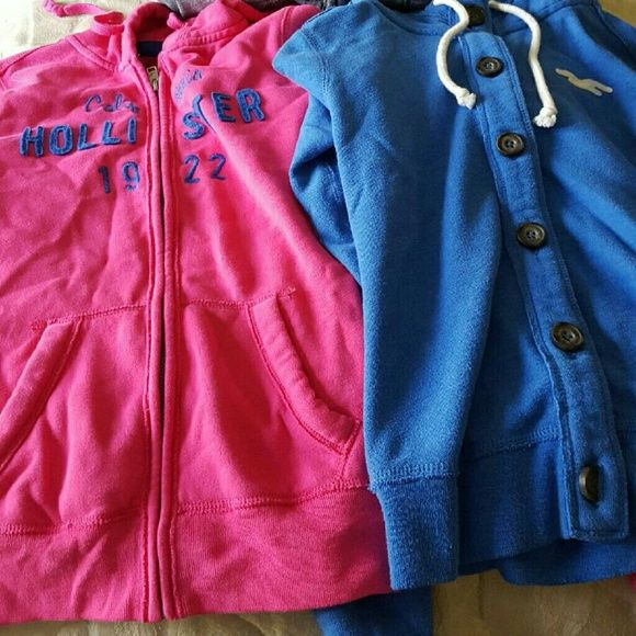 Hollister bundle! Can be sold separately, both size small Hollister Tops Sweatshirts & Hoodies