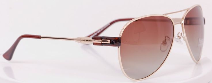 Солнцезащитные очки Dior в золотистой оправе, фирменной упаковке, линзы - стекло