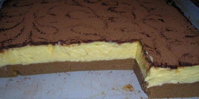Krupicový koláč s vanilkovým krémem