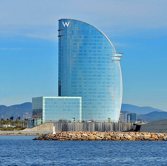 Barcelona harbour hotel w vela architect ricardo bofill for Hotel vela de barcelona