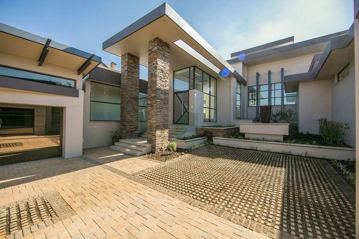 Modern living in Meyersdal Eco Estate....  (http://rawson.co.za/property/5-bedroom-house-for-sale-in-meyersdal-eco-estate-id-658919)