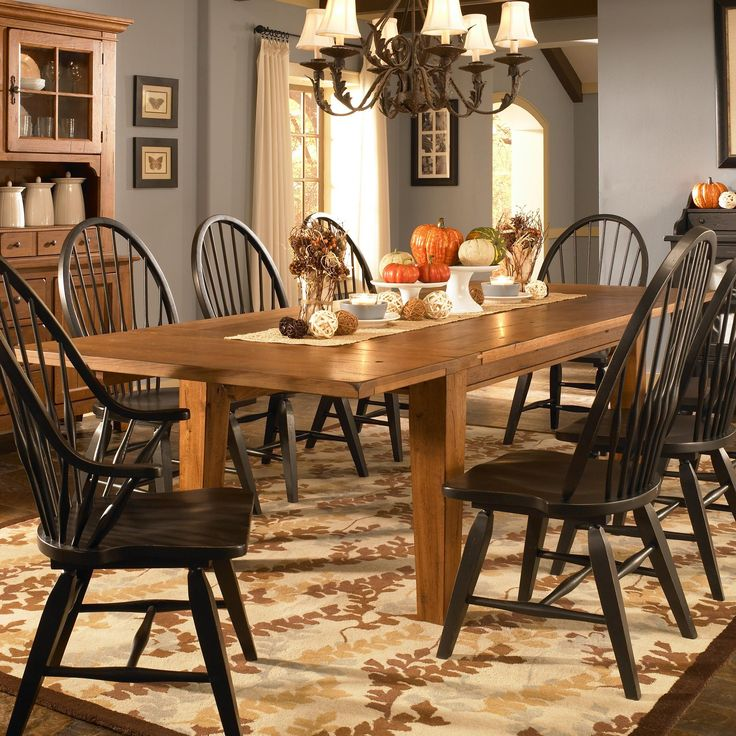 Attic Heirlooms Leg Dining Table With Leaves By Broyhill