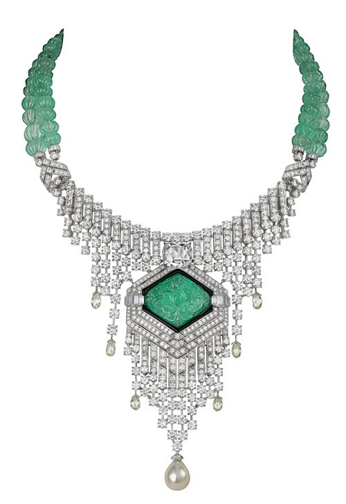 http://jewelrycharm.blog.com/files/2011/08/Cartier-necklace-3.jpg