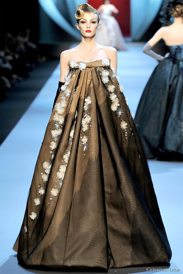 Hanbok Couture - Christian Dior Spring 2011 Couture runway show in Musée Rodin in Paris. Created by John Galliano