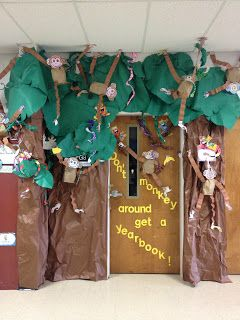 This monkey door is great for a monkey, jungle, OR safari theme classroom!