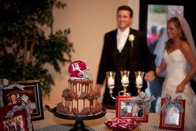 alabama grooms cake | Alabama Grooms Table - love this...for Dwayne it would be Auburn though!