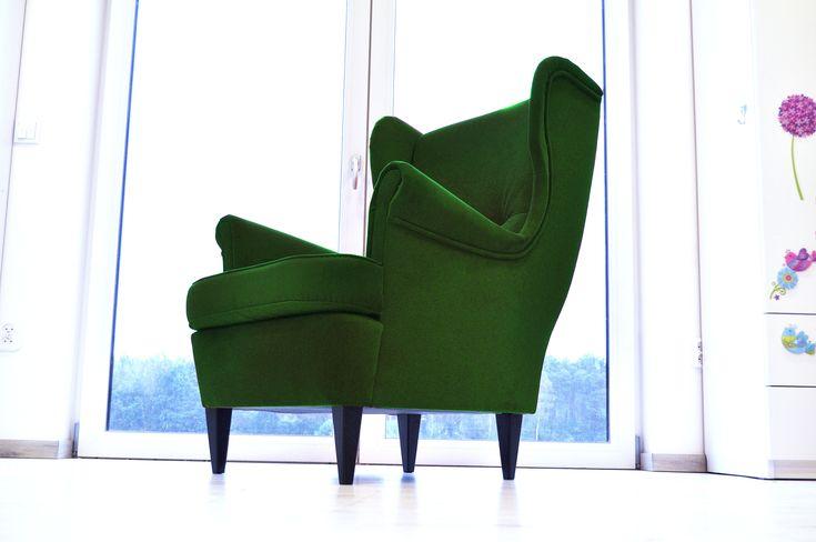 Fotel USZAK do salonu Piękne fotele wypoczynkowe , robione pod klienta. W pełnej palecie kolorów z próbnika poniżej. Fotel standardowych wymiarów w promocyjnych cenach. Nóżki ciemny brąz Wygodne oparcie i wygodne siedzisko. Wysyłka cała Polska to koszt 70zł spedycją meblową  TKANINY TKANINY: karo wezgłowie + suedine boki – jednorazowa dopłata 60zł karo wezgłowie + …