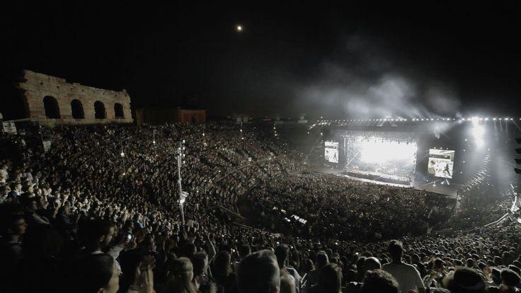 #ilsaledellaterra come non l'avete mai visto...IL NUOVO VIDEOCLIP con le immagini più belle dai 6 concerti di settembre all'Arena di Verona