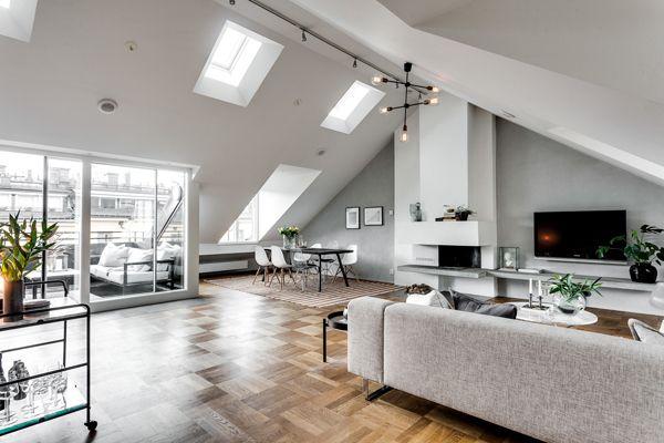 Exclusive Attic Apartment Style In Stockholm Decorazilla Design Blog Arredamento D Interni Arredamento Casa Arredamento