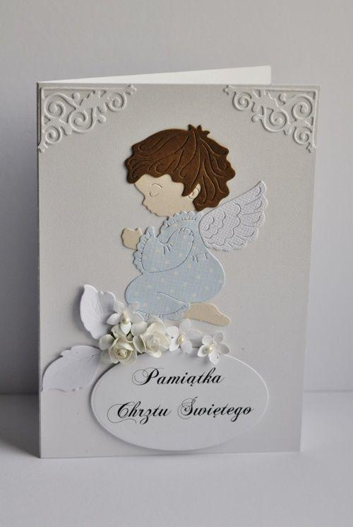 Proste i skromne pamiątki chrztu świętego w dwóch wersjach kolorystycznych,  dla chłopca i dziewczynki.