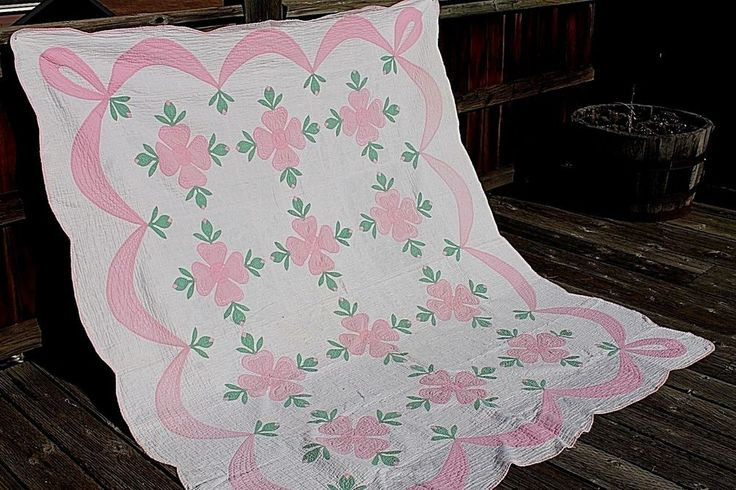 Vtg. Cotton w Cotton Batting Whig Rose Full 72 by 82 Quilt Shabby Chic