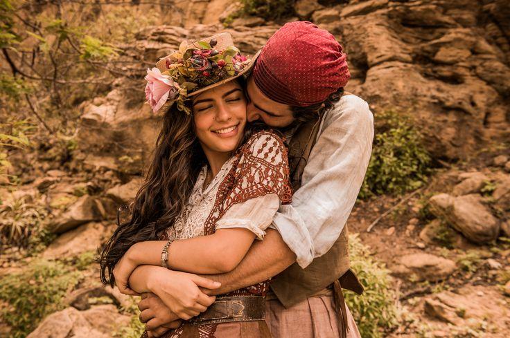 """Velho Chico"""": Iolanda incentiva Tereza a fugir com Santo"""