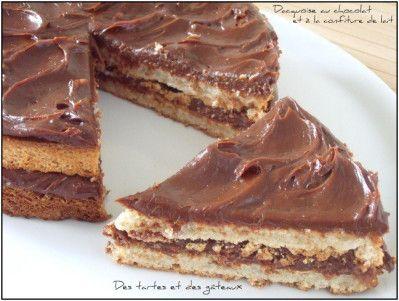 Une ganache surprenante et haute en saveur que celle-ci constituée de confiture de lait et de chocolat noir. Le biscuit, quant à lui, est tendre et souple et les textures s'harmonisent merveilleusement pour former ce délicieux gâteau. INGREDIENTS PATE...